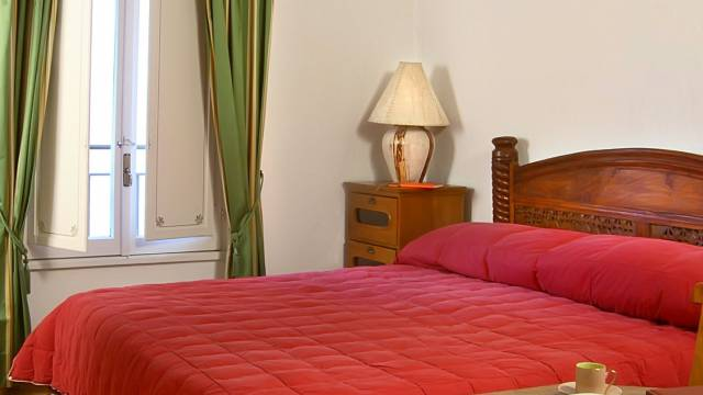 Residenza-Bollo-Apartments-Rome-room-10
