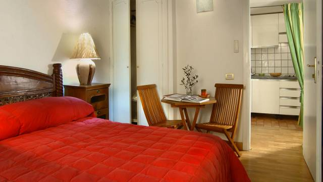 Residenza-Bollo-Apartments-Rome-room-11