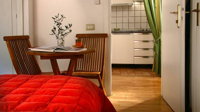 Residenza-Bollo-Apartments-Rome-room-12