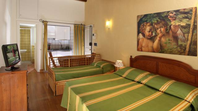 Residenza-Bollo-Apartments-Rome-room-18