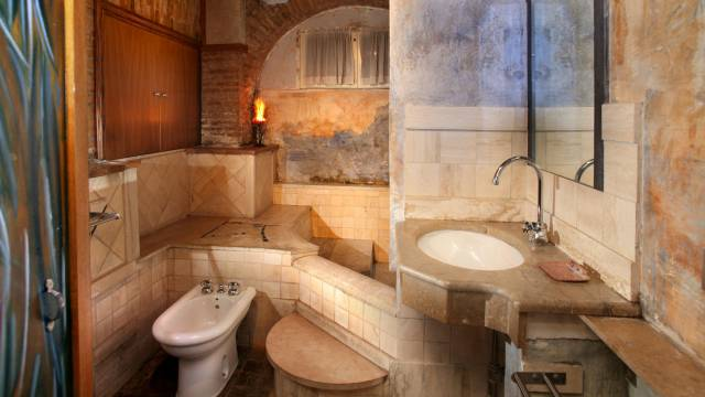 Residenza-Bollo-Apartments-Rome-bathroom-25